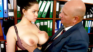 Boss made casting with secretary's huge tits