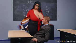 BBW teacher leaves younger hunk to uproot her wet vagina