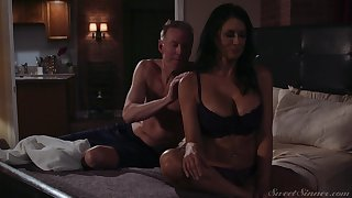 Elegant milf Reagan Foxx gets fucked and jizzed by horny lover