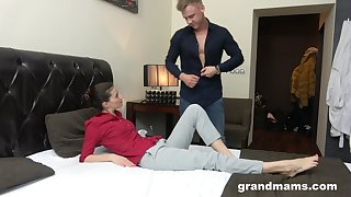 Young rent boy gives a massage and cunnilingus to middle venerable woman
