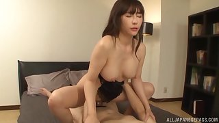 Homemade video of a Japanese wed having passionate sex in the evening