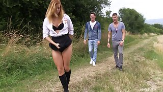 Hardcore outdoors threesome ends with a facial be advisable for Chrissy Fox