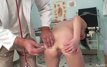 Naughty falsify gets to fuck Mischell while she moans loudly